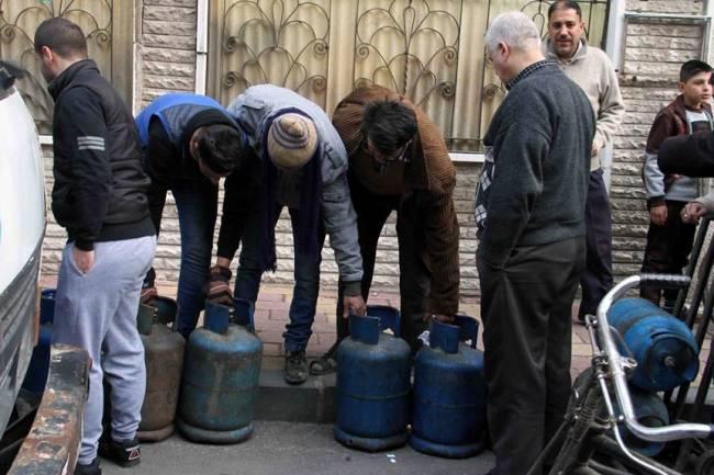 سعر اسطوانة الغاز بدمشق يصل لـ8 آلاف ليرة ومحافظة دمشق تعلن عن جدول التوزيع بالسعر الرسمي