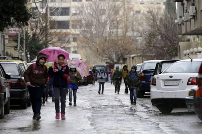 الأمطار الغزيرة بدأت على دمشق والثلوج على مرتفعاتها خلال ساعات