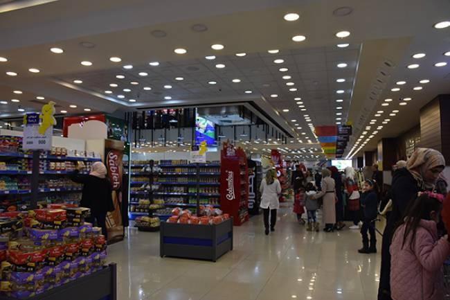 إعمار سورية ترصد أسعار المواد الغذائية بدمشق في أول أيام العام 2019