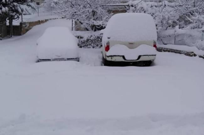 ارتفاع الثلج في بلودان يصل لنصف متر وتراكمات ثلجية بدمشق فجر الأربعاء
