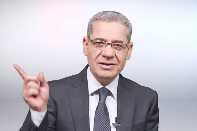الموت يفجع الإعلامي مصطفى الآغا