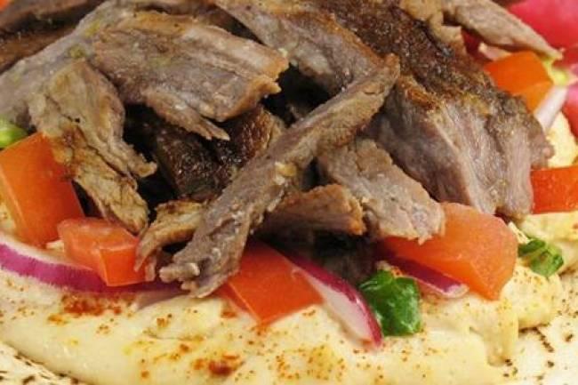 التموين والشؤون الصحية بدمشق توضحان حقيقة ما أثير عن استخدام لحم الحمير في محلات الشاورما