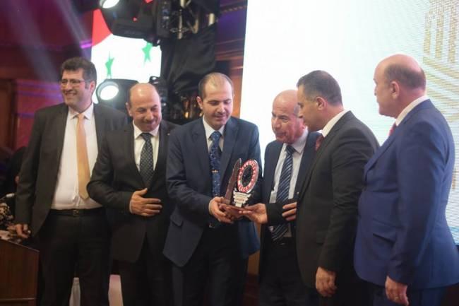 مجموعة شركات كامل وطباخ الدولية ترعى حفل تكريم رجال وسيدات الأعمال لعام 2108