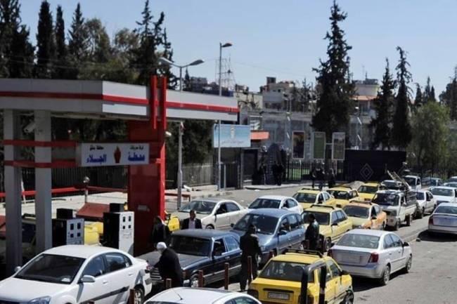 وزارة النفط تحدد كمية من البنزين للسيارات بالسعر المدعوم وما يفوق عنها سيكون بـ375 ليرة لليتر
