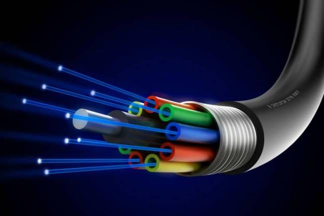تقديم خدمة الإنترنت للمنازل عبر الكبل الضوئي بسرعات عالية جداً .. تعرفوا على التفاصيل والأسعار