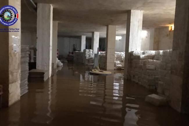 السيول تجتاح المدينة الصناعية بعدرا مجدداً ومحافظ الريف يطالب بتحقيق جنائي فني لتبيان الأسباب