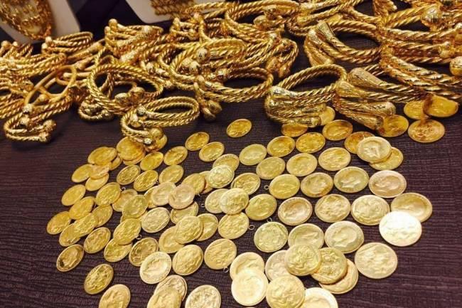 الليرة الذهبية ب 230 الف والاونصة بمليون ليرة.. الذهب بأعلى سعر له في تاريخه