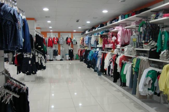صناعي: أسعار الألبسة إلى الارتفاع مجدداً بعد رفع أسعار الغزول من معامل الدولة لمرتين متتاليتين خلال شهر