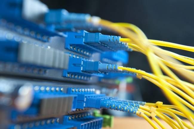 السورية للاتصالات: الاعلان عن مناقصة لرفع حزمة الانترنت الدولية إلى نحو 3 أضعاف قريباً