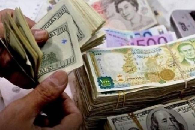 المركزي يرفع سعر دولار الجمارك لـ706 ليرات  وتاجر يحذر من ارتفاع أسعار المستوردات