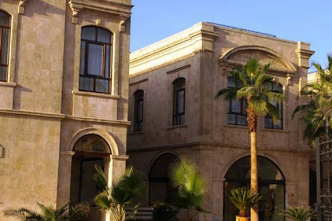 السياحة تصادق على عقد تنفيذ فندق كارلتون القلعة بحلب  بعائد سنوي 558 مليون ليرة