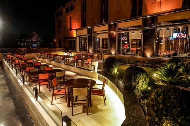 بالصور .. افتتاح مطعم إيطالي جديد في دمشق