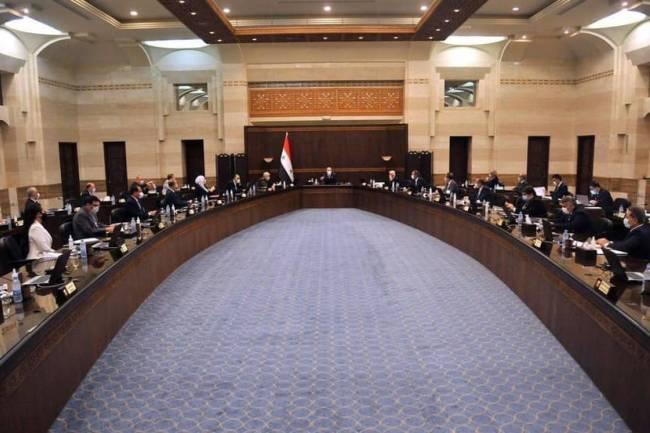 مجلس الوزراء يناقش افتتاح المدارس  وخفض أسعار 20 سلعة في الاسواق