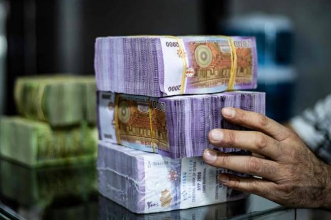 برلماني يكشف عن دراسة زيادة مهمة على الرواتب