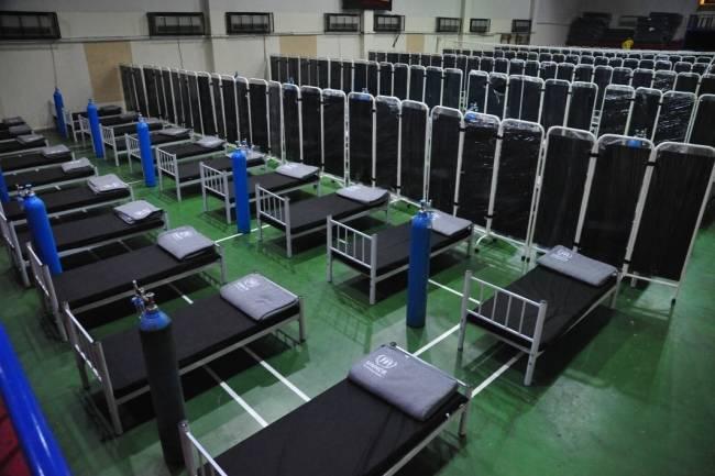 وزارة الصحة تستكمل تجهيز مشفى للطوارئ وتطلق العمل بغرفة إدارة الطوارئ استعداداً لذروة كورونا جديدة