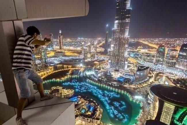 مكاتب سياحية تؤكد تعليق دخول السوريين إلى الإمارات