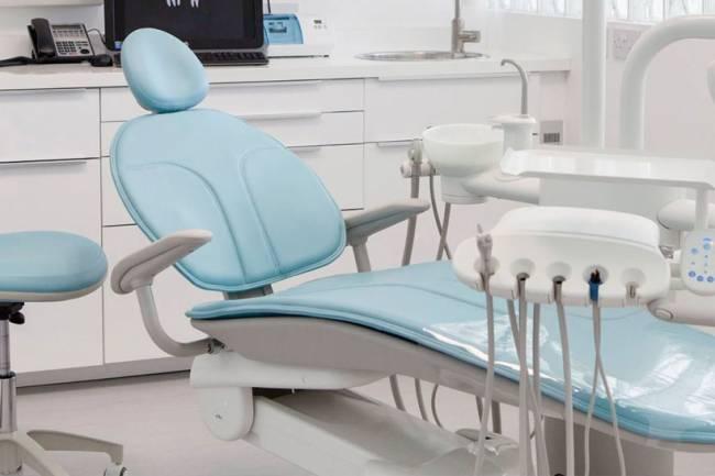 لا مقترح برفع تسعيرة أطباء الأسنان والأجر يتم بالتراضي بين الطبيب والمريض … نقيب أطباء أسنان ريف دمشق : المعالجة بسعر التكلفة في مقر النقابة