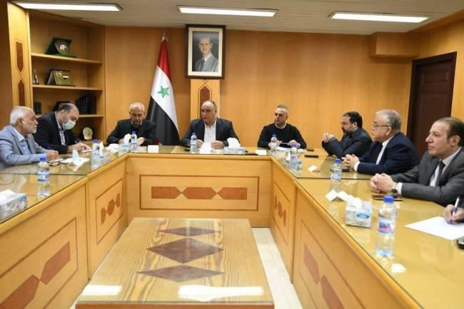 الوزير البرازي يبحث مع وفد تجاري إيراني سبل تطوير التعاون الاقتصادي والتجاري بين البلدين