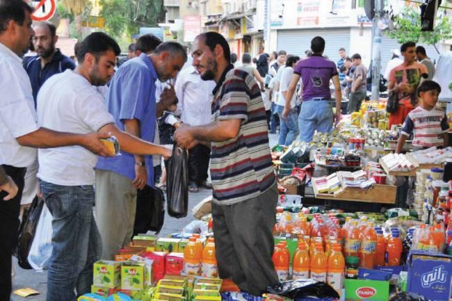 الحلاق : حركة الأسواق معدمة وأسعار الزيت النباتي ضعف دول الجوار