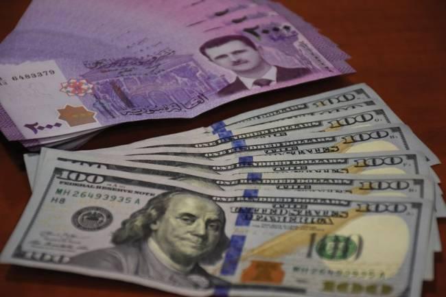 شركات صرافة تسلم دولار الحوالات للمواطنين بـ3175 ليرة