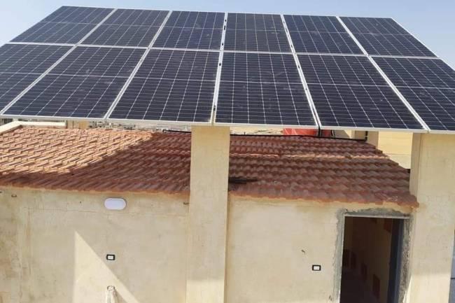 مختص يحذّر من انتشار ألواح شمسية رديئة تُباع بسعر النخب الأول