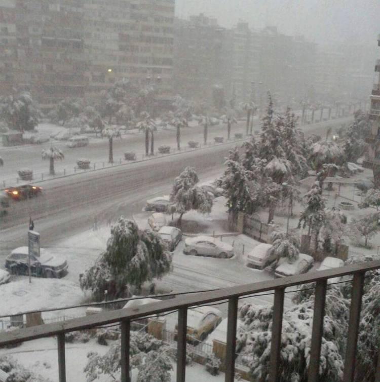 منخفض ماطر بدءاً من الغد وعاصفة ثلجية عنيفة مساء الثلاثاء على دمشق والمحافظات