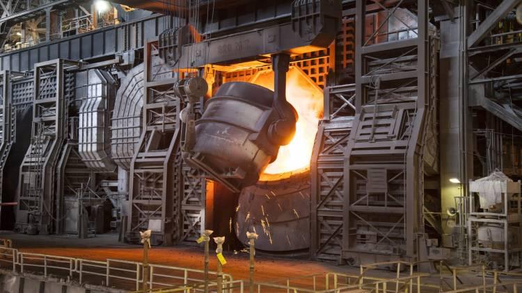 قاطرجي يسهم بتأسيس شركة فولاذ للصناعات المعدنية بحلب