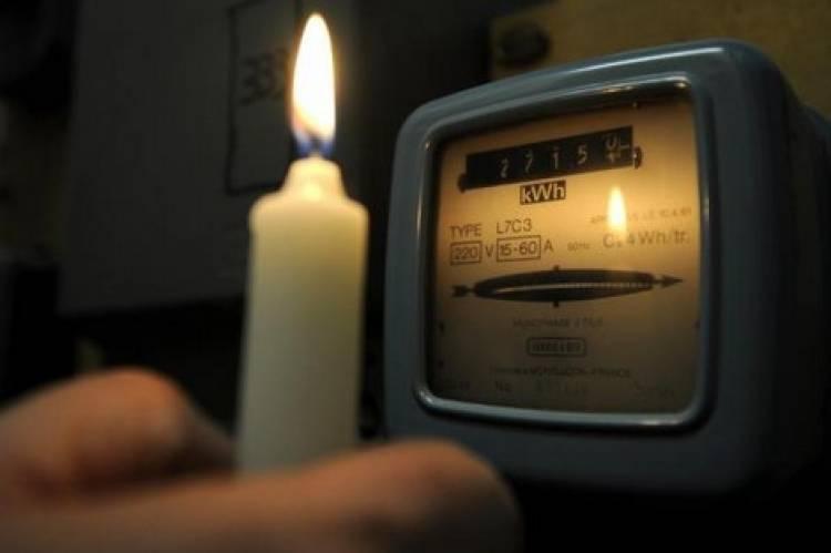 الكهرباء توضح أسباب زيادة التقنين وتشكر المواطنين على الصبر