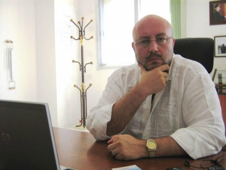 صناعي حلبي شهير يفتتح معملاً ضخماً للنسيج في أرمينيا ويوضح سبب إغلاق معمله بحلب