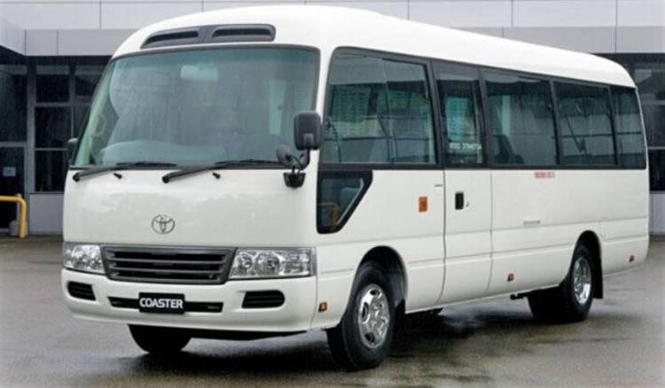رئيس الحكومة يوافق على توصية اللجنة الاقتصادية بالسماح باستيراد 2000 ميكرو باص سعة 24 راكب من القطاع الخاص