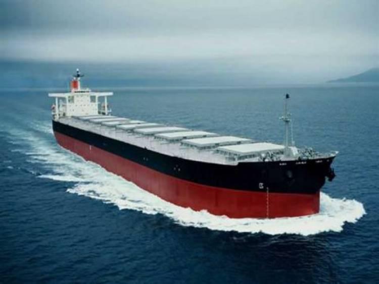 وزارة النفط: وصول ناقلة للتكرير تحمل 30 ألف طن