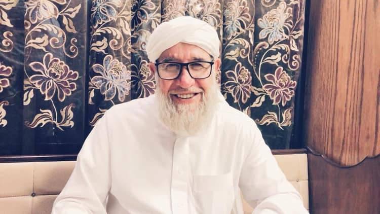 ابن الشيخ فتحي الصافي : والدي منهك صحياً و بحاجة لدعائكم