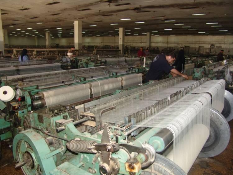 اللجنة الاقتصادية تسمح باعفاء خطوط الإنتاج من الجمارك  واستيراد الآلات المستعملة