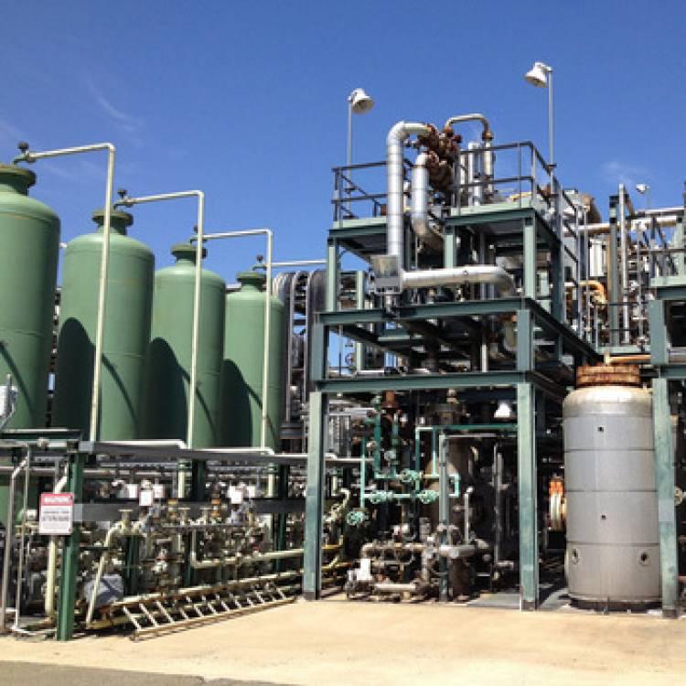 بحوث الطاقة تدرس مع مخترع سورية تنفيذ جهاز لتوليد الهيدروجين من الماء ليكون بديل عن الغاز والمازوت
